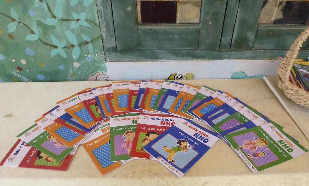 IEC materials promoting sanitation and deworming activities for primary school children in Vietnam. Source: Ngo Tien Loi/USAID.