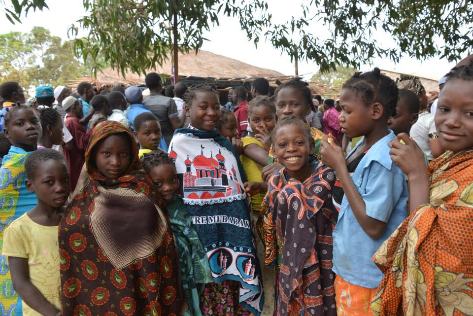 Children came to learn about the MDA campaign and trachoma prevention in Ancuabe, Cabo Delgado, Mozambique.