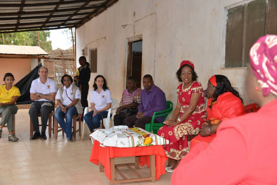 Members of ITI, USAID, RTI, the MOH, the Provincial Governor, and the Administrator of the District all attend a welcome ceremony at the village leader's house.